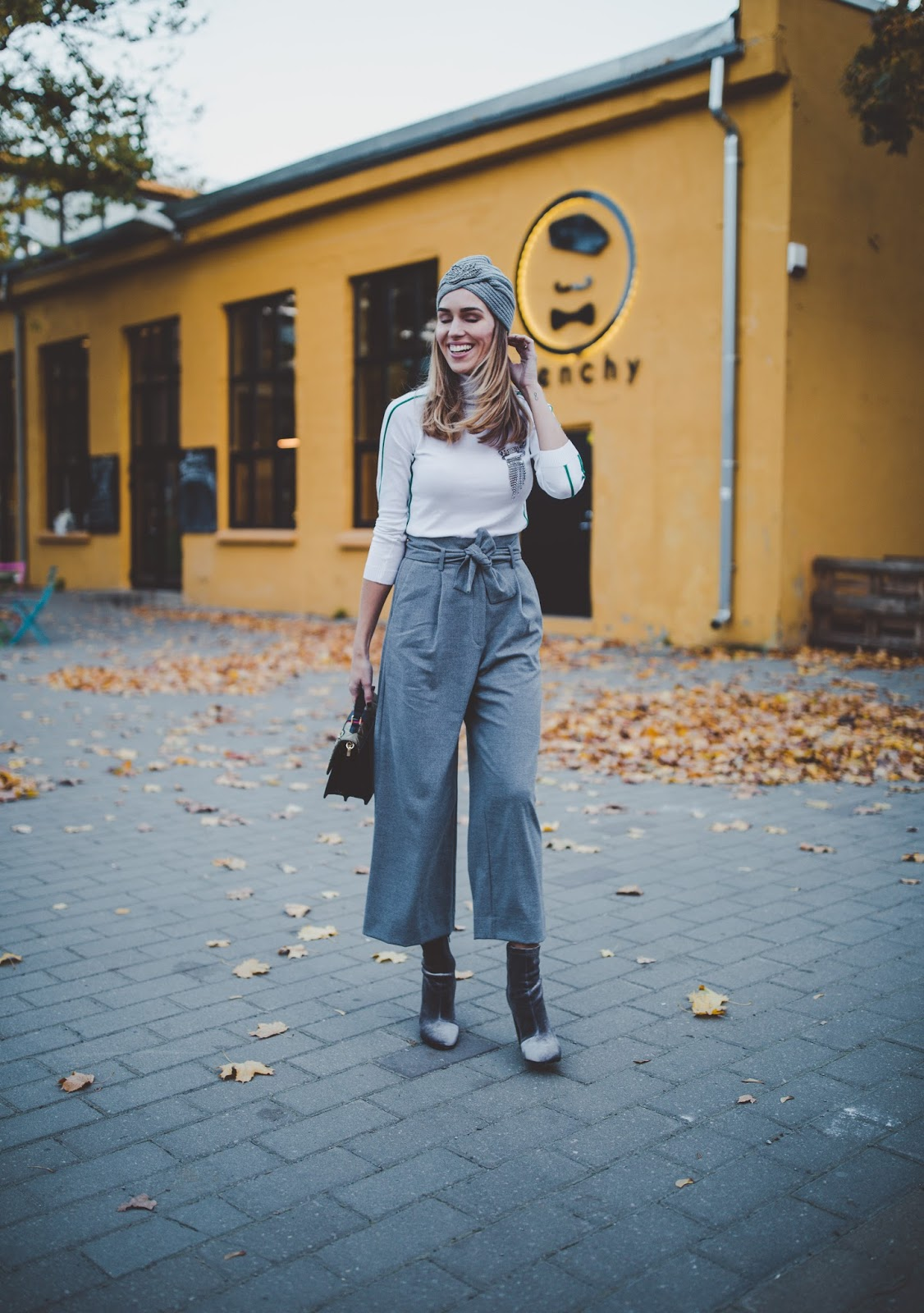 paperbag waist culotte pants outfit