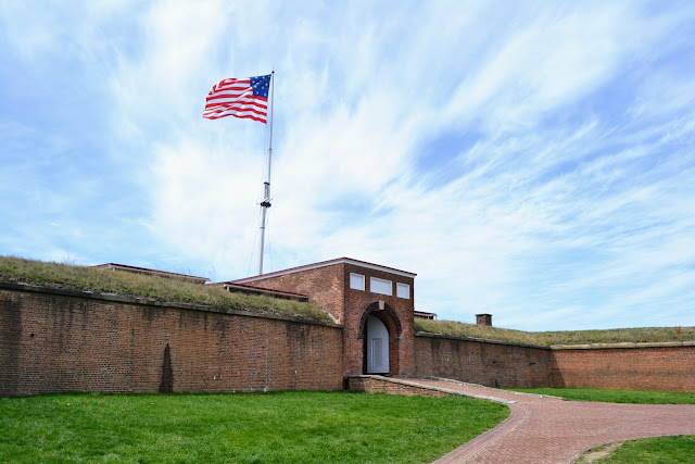 Форт МакГерні, Балтимор, Меріленд - місце народження гімну США (Fort McHenry National Monument and Historic Shrine.  Baltimore, MD)