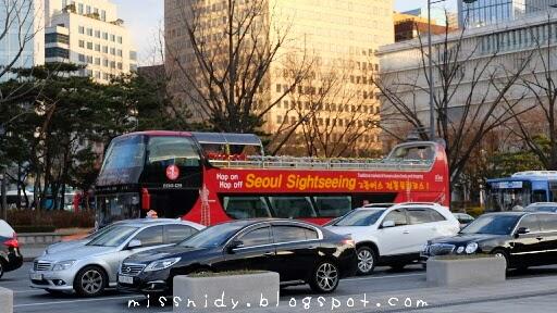 naik bus hop on hop off di seoul