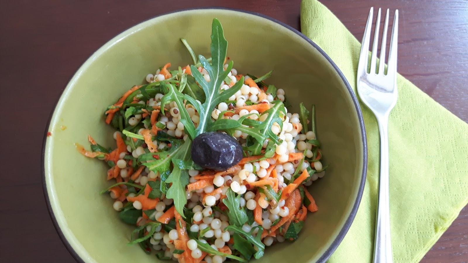 vegan oriental salat aus kuskus nudeln. Black Bedroom Furniture Sets. Home Design Ideas