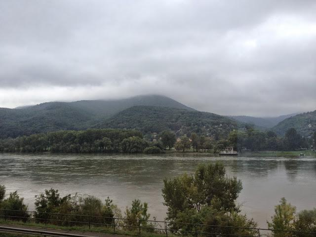 El Danubio visto desde el tren