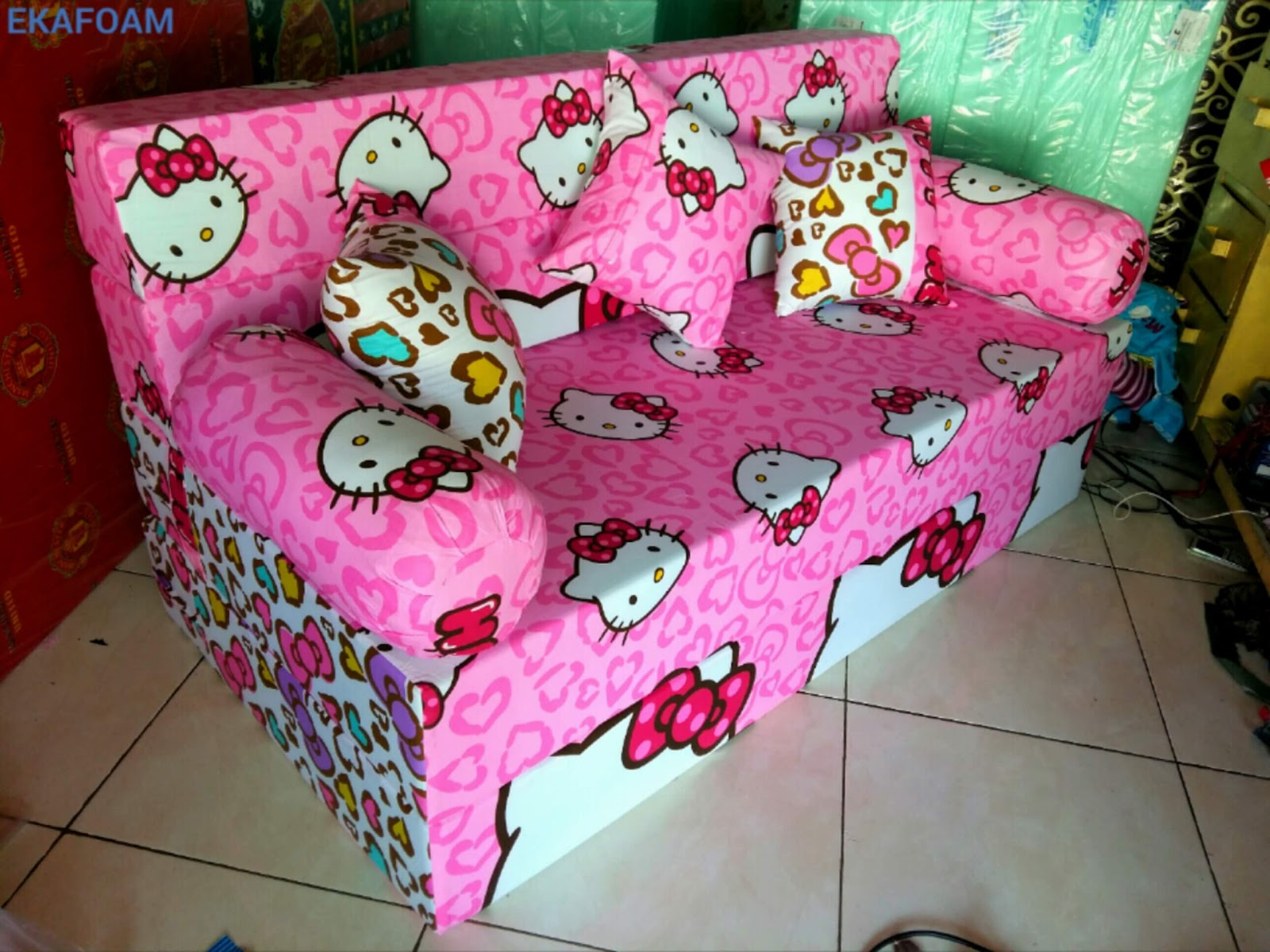 SOFA BED INOAC HELLO KITTY PITA AGEN RESMI KASUR BUSA INOAC