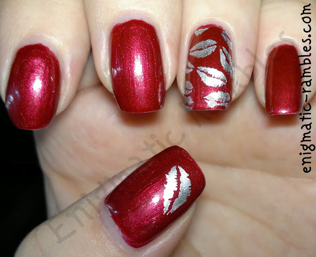 elf-red-velvet-stargazer-silver-chrome-QA28-adventures-in-stamping-stamped-nail-art