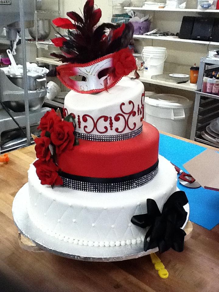Hector S Custom Cakes