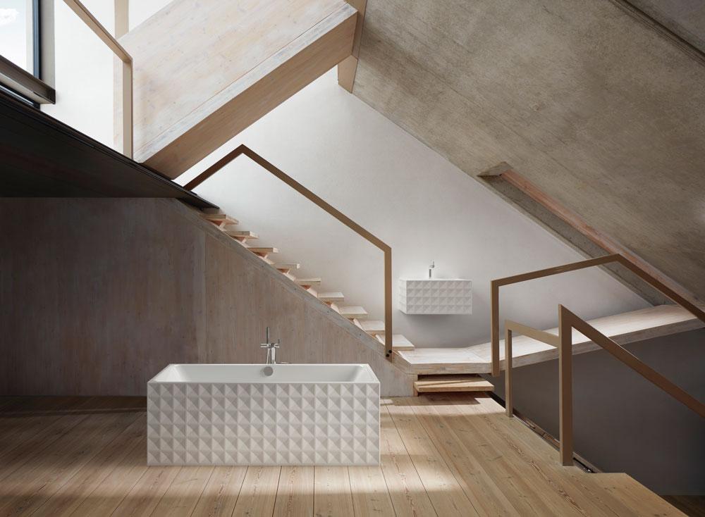 Nuovi rivestimenti decorativi per la vasca da bagno e il lavabo