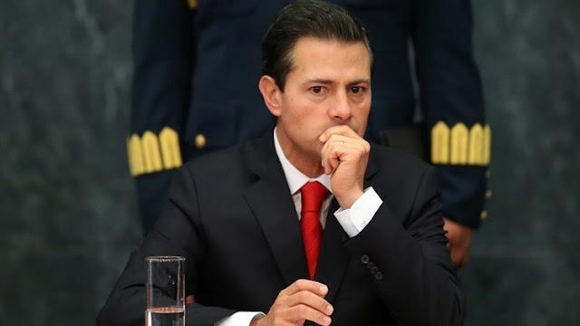 """El presidente de México """"considera"""" cancelar su viaje a EE.UU."""