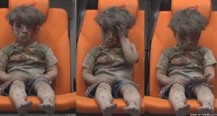 5 معلومات صادمة عن الطفل السوري عمران الذي خرج من تحت الركام