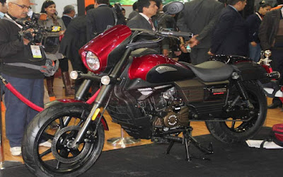 New 2016 UM Renegade Sport S side view Red Hd Images