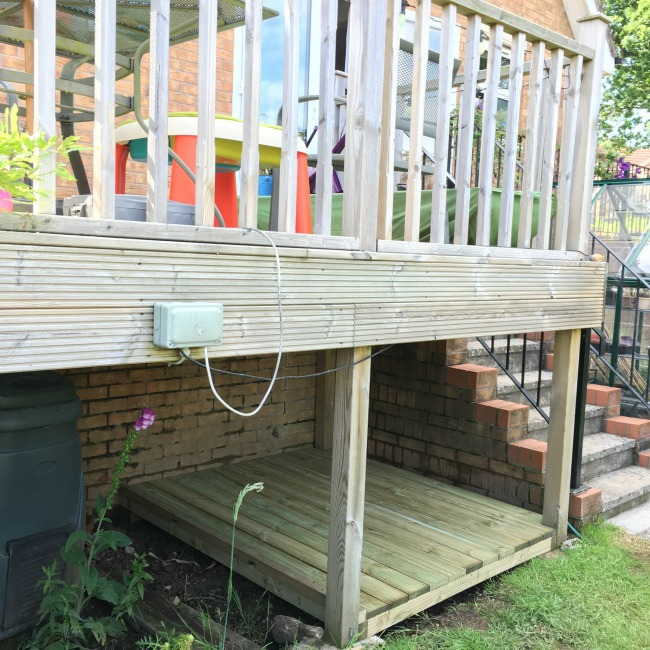 Den-under-the-decking