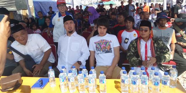 Ahmad Dhani: Upacara HUT RI di Pasar Ikan Lebih Khidmat Daripada Istana dan Balai Kota DKI Hanya Retorika, Palsu!!