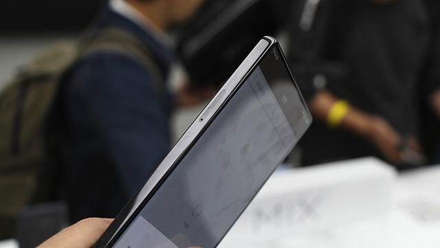 Đánh giá điện thoại Xiaomi Mi Mix (6)