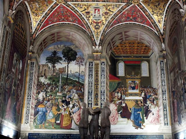 ver los frescos biblioteca de Siena