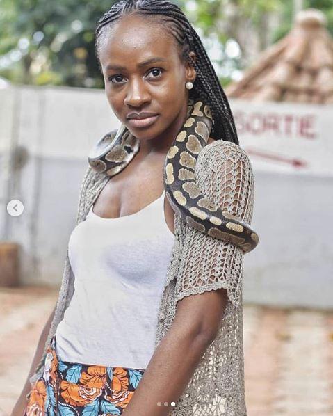 BBNaija's Anto Lecky Seen Carrying A Python Around Her Neck (Photos)