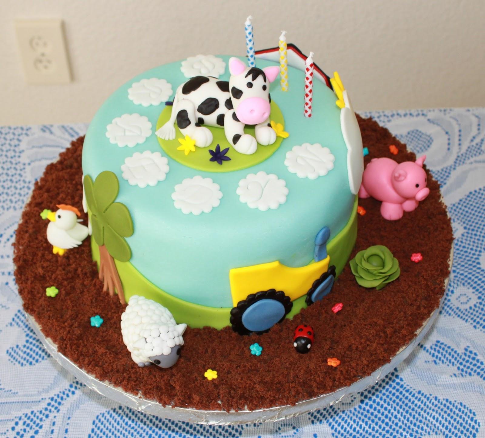 Cakes Bakes N More: Farm Themed Birthday Cake