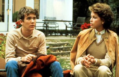 """""""film pemenang oscar 1981"""""""