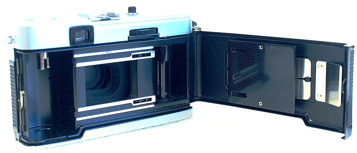 Olympus Trip 35 (D.Zuiko 40mm f/2.8) #899