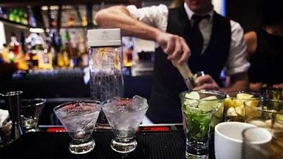 bartender cần vững kỹ thuật mới sáng tạo được
