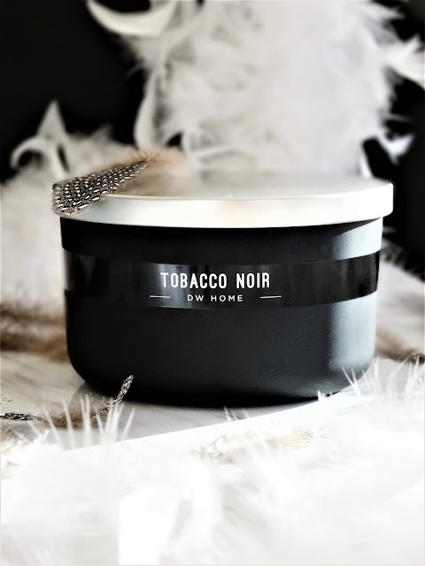 tobacco noir dw home candles, tobacco noir dw home, dw home candles review, avis bougie dw home, tobacco noir dw home candles review, bougie tobacco noir, tobacco noir candle review, tobacco noir candle, dw home notino, avis notino
