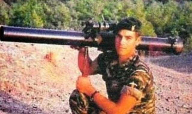 Η «Μαύρη» επέτειος της τουρκικής εισβολής στην Κύπρο το 1974 και ο Έλληνας Ήρωας Μανώλης Μπικάκης (βίντεο)
