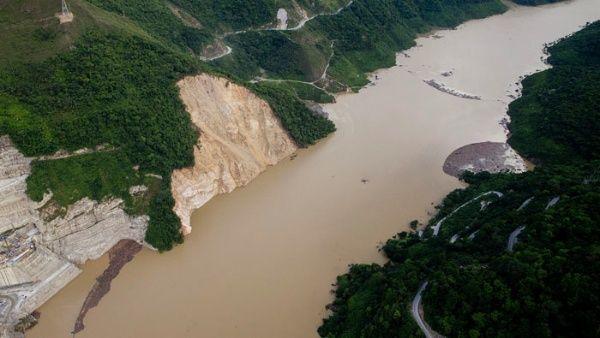 Denuncian proselitismo en medio de caos en Antioquia en Colombia
