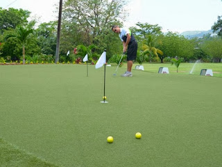 diseño y construccion de putting green con césped artificial