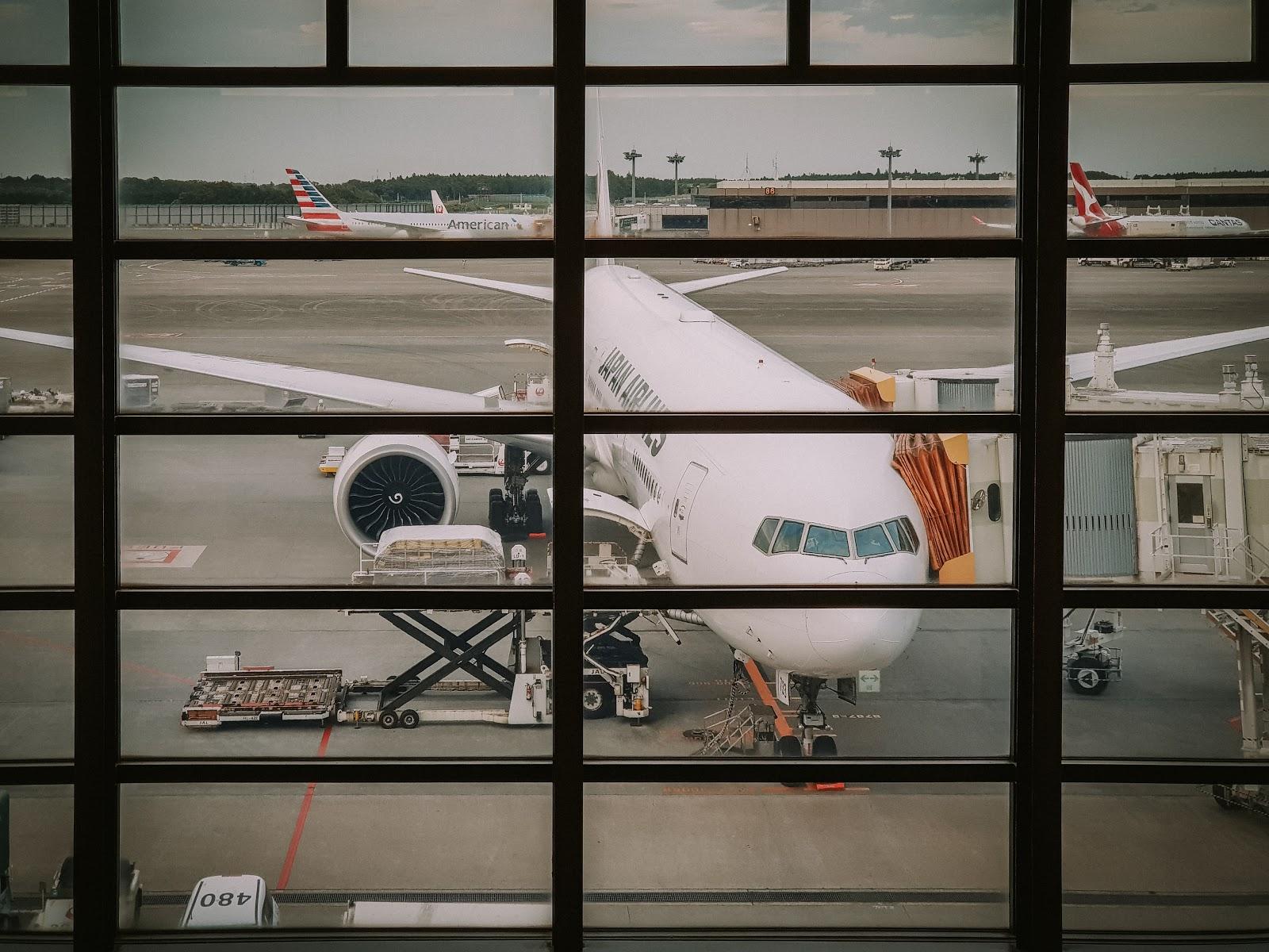 飛行|日本航空 77W 頭等艙 JL4 成田→紐約 NRT-JFK