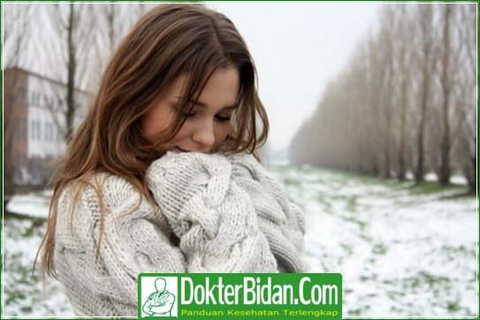 obat alergi gatal gatal pada kulit Alergi Dingin Urtikaria - Ciri Penyebab Gejala Dan Cara Mengobati Terampuh