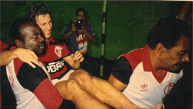 A grave lesão de Zico em 1985 ~ O Curioso do Futebol