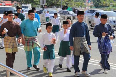 Bahasa Penduduk Brunei Darussalam