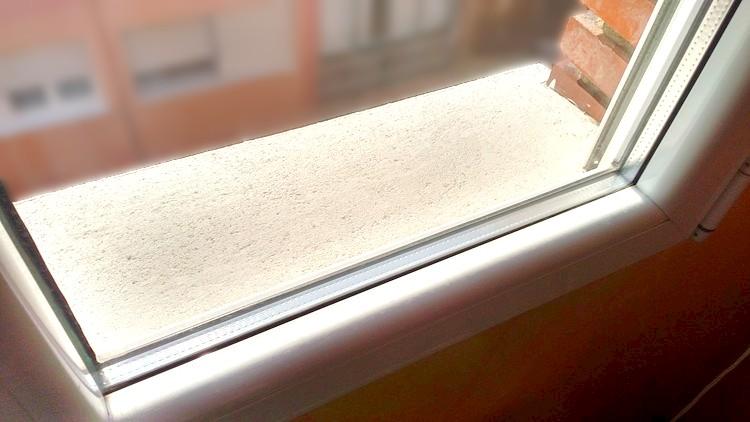 color blanco de ventanas influye en consumo energetico de vivienda