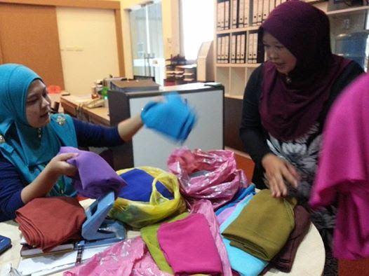 This is Our Story: Saya Jual Shawl