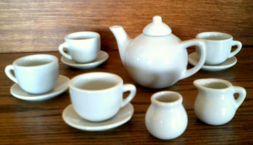 Treasure Box 881 6463 Tiny Tea Set Real Dishes For