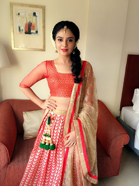 Sreemukhi Height and weight and body Measurements