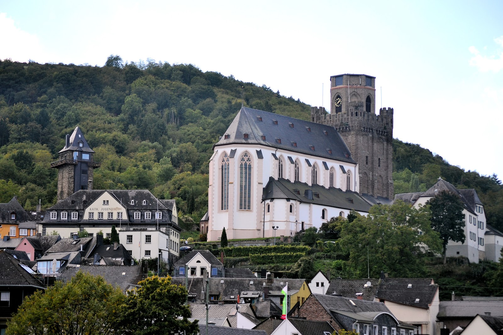 Close-up view of St. Martin's Church and one of Oberwesel's 12th-century watchtowers to the left.