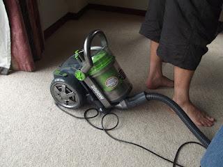 Cara Tepat Menggunakan Vacuum Cleaner Secara Maksimal di Rumah Anda