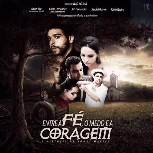 Seis pessoas uma árvore com um balanço e uma casa com ar de sombria ao fundo, imagem do filme gospel Entre A Fé, O Medo E A Coragem