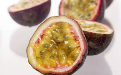 فاكهة باشن فروت Passion Fruit