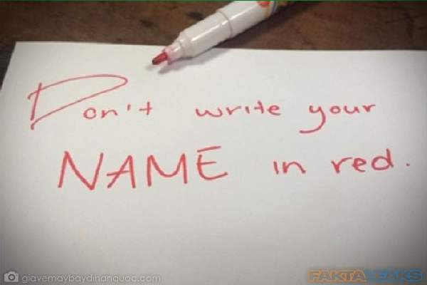 Larangan Menulis Nama Pakai Tinta Warna Merah