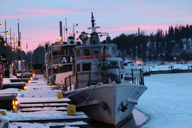 satama Lahti iltakuvat laivat