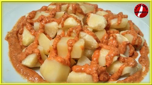 Ensalada de Patatas con Salsa Romesco