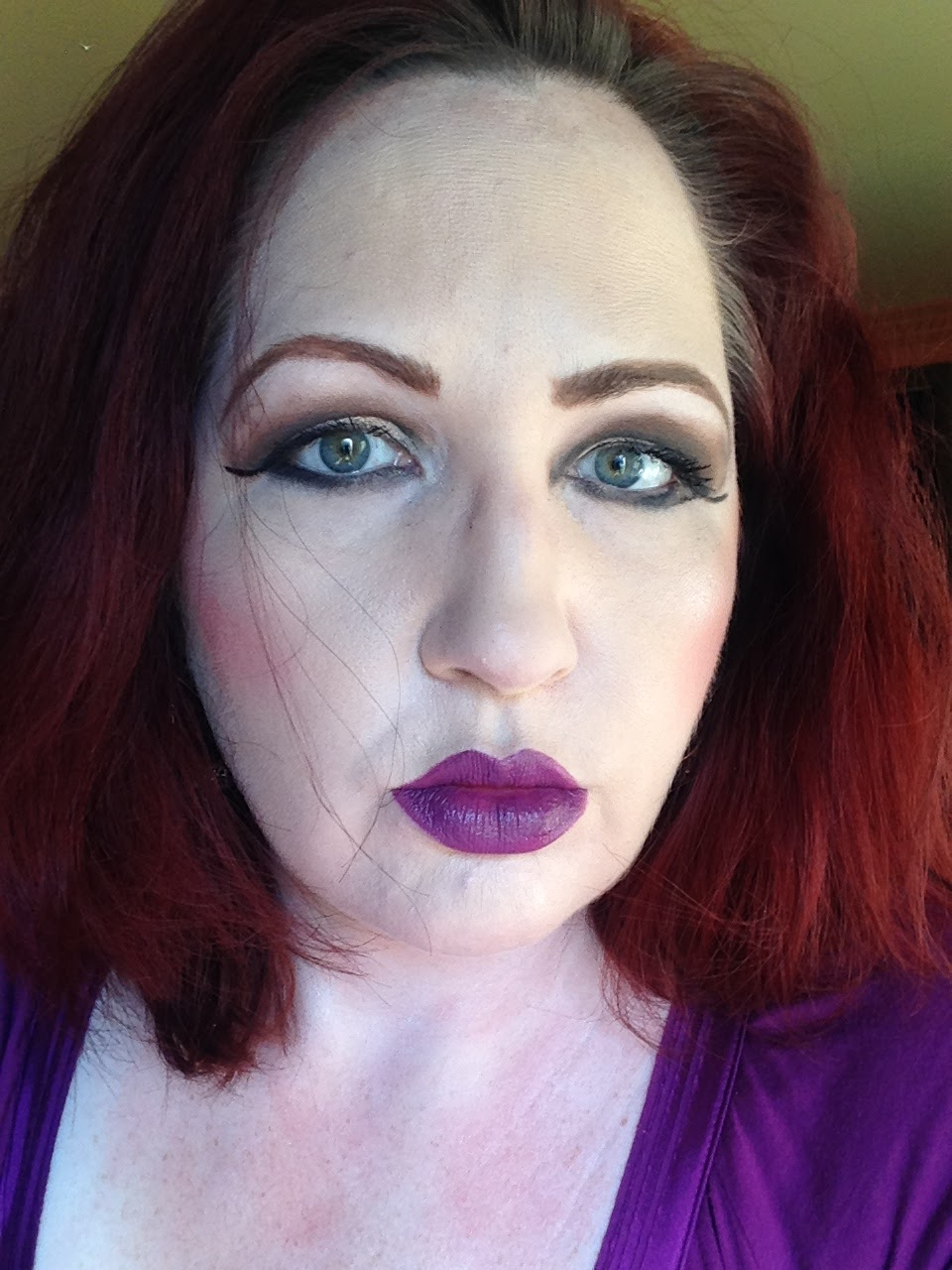 Makeup Junkie All About Mac Brushes Foundation: Review: Laura Mercier Eye Art Caviar Colour-Inspired