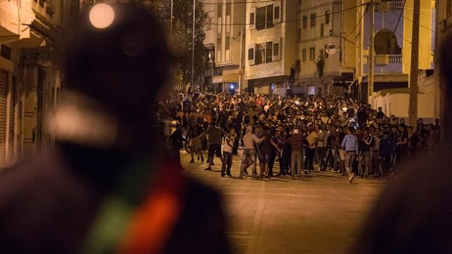 Hundreds of Moroccans rally against police hunt for activist