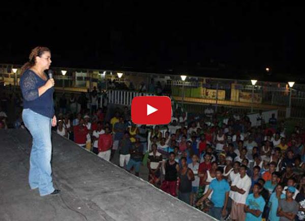 Iris Varela da un concierto en Tocorón