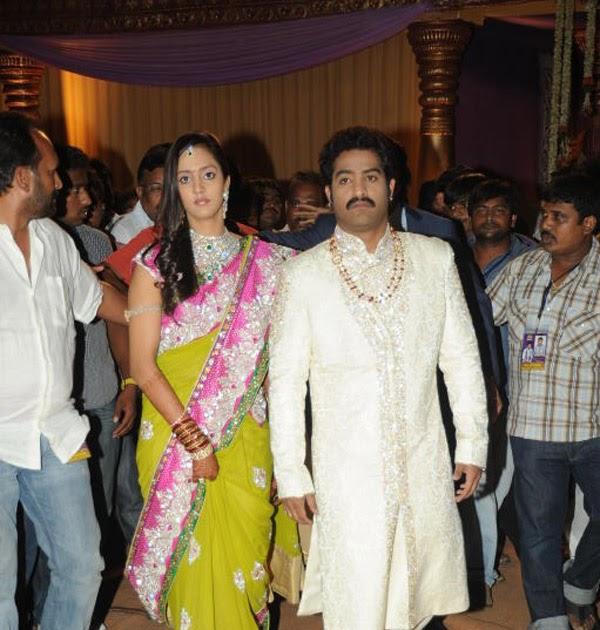 JR NTR WITH HIS WIFE LAKSHMI PRANATHI AT HITEX MARRIAGE