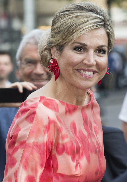 King Willem-Alexander and Queen Maxima attend opening Holland Festivalç Queen Maxima wore Natan Dress, Natan shoes, Valentino clutch bag