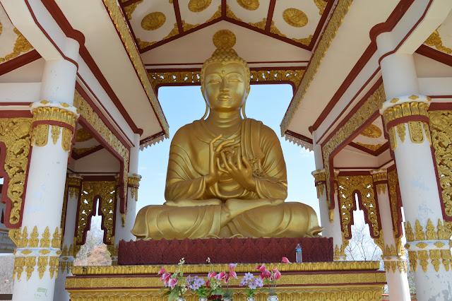 Bouddha: colline de Sagaing