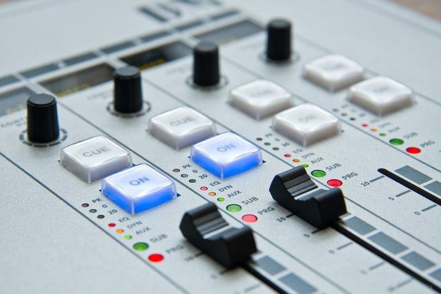 Ya es hora: Comenzó la marcha blanca de Akustika Radio