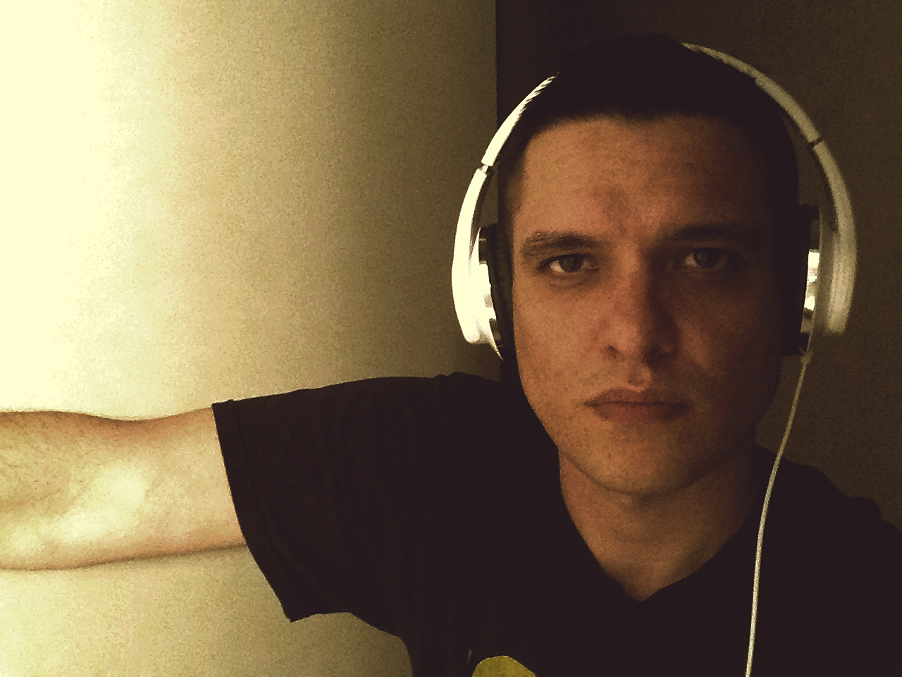 K.Mac / Kyle Mac / Kyle McMahon with Flips Audio Headphones