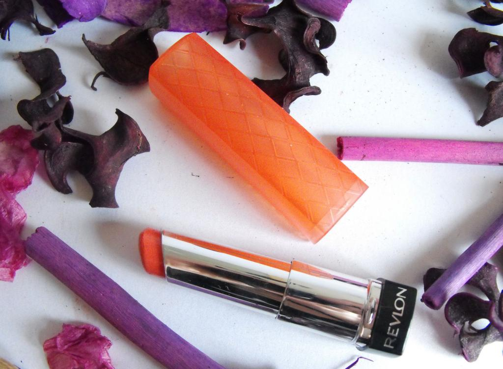 Revlon Colourburst Lip Butter in Juicy Papaya