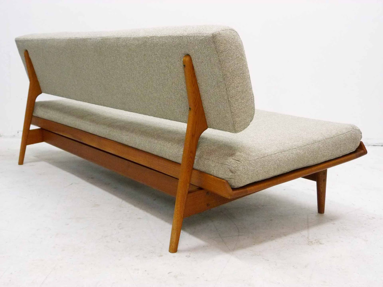 Swedish sofa swedish monte carlo sofa in oak and brown for Swedish sofa